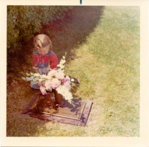 blog Sherri_graveside