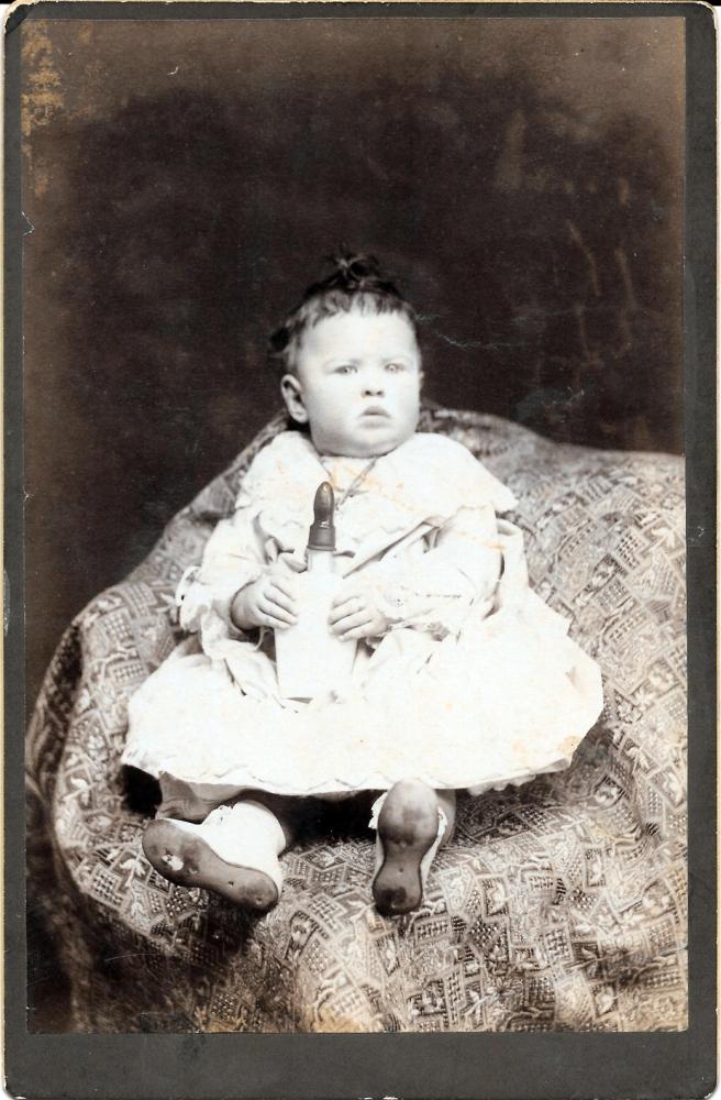 blog-kutcher-grandmother-infant