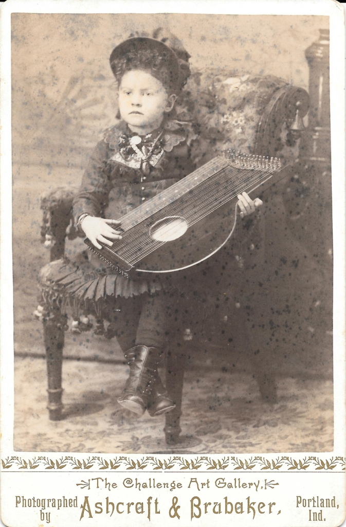 bloh-kutcher-grandmother-zither