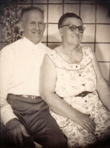 blog-farr-frank-and-winekoff-edna-about-1950