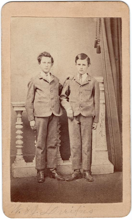 bDREIFUS W and J