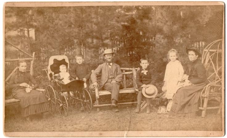 sJORDAN James family