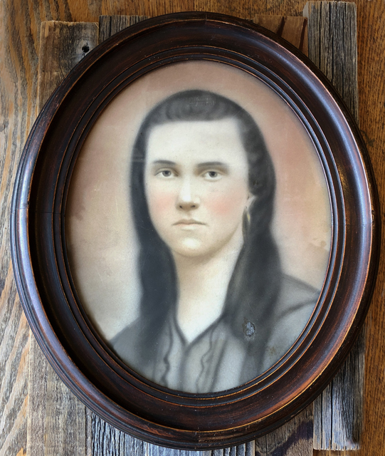 bl BOONE Emily in frame